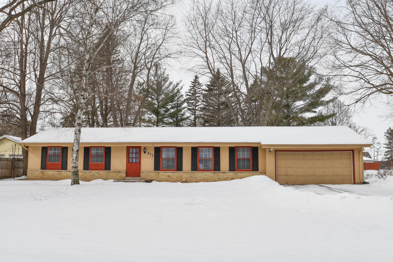 875 Wildwood Pl, Oconomowoc, Wisconsin 53066, 4 Bedrooms Bedrooms, ,1 BathroomBathrooms,Single-Family,For Sale,Wildwood Pl,1624805