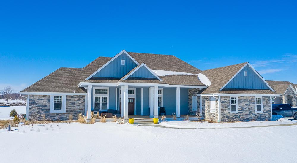 W347N6745 Shoreview Ct, Oconomowoc, Wisconsin 53066, 5 Bedrooms Bedrooms, ,3 BathroomsBathrooms,Single-Family,For Sale,Shoreview Ct,1624216