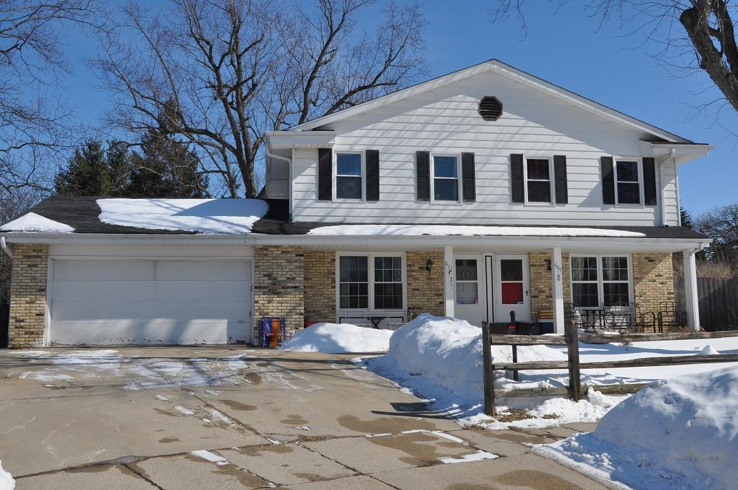 609 Grove St, Waukesha, Wisconsin 53186, 3 Bedrooms Bedrooms, 6 Rooms Rooms,1 BathroomBathrooms,Two-Family,For Sale,Grove St,1,1625603
