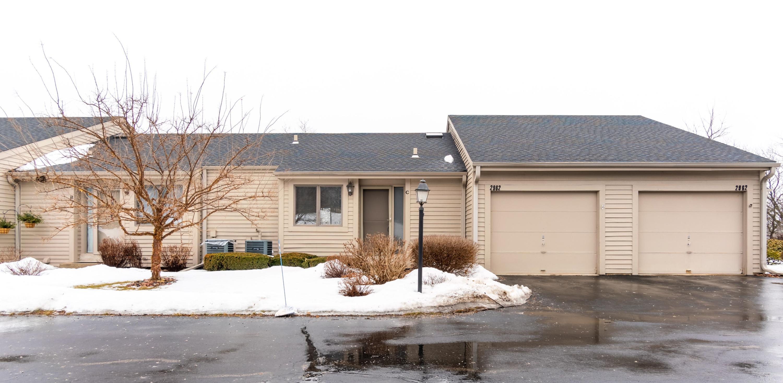 2962 Madison St, Waukesha, Wisconsin 53188, 2 Bedrooms Bedrooms, ,1 BathroomBathrooms,Condominiums,For Sale,Madison St,1,1626074