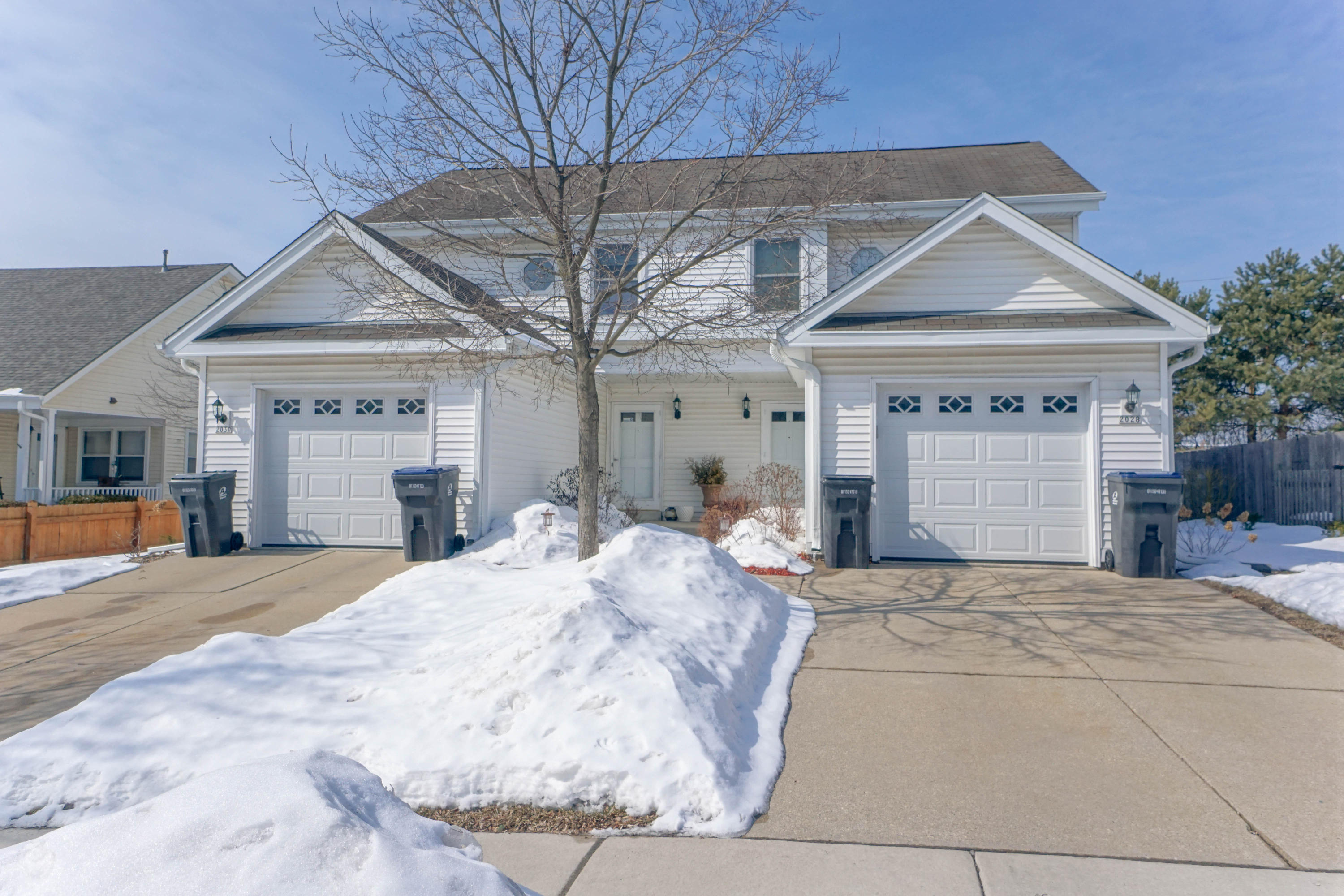 2028 Madera St, Waukesha, Wisconsin 53189, 2 Bedrooms Bedrooms, 5 Rooms Rooms,1 BathroomBathrooms,Two-Family,For Sale,Madera St,1,1626279
