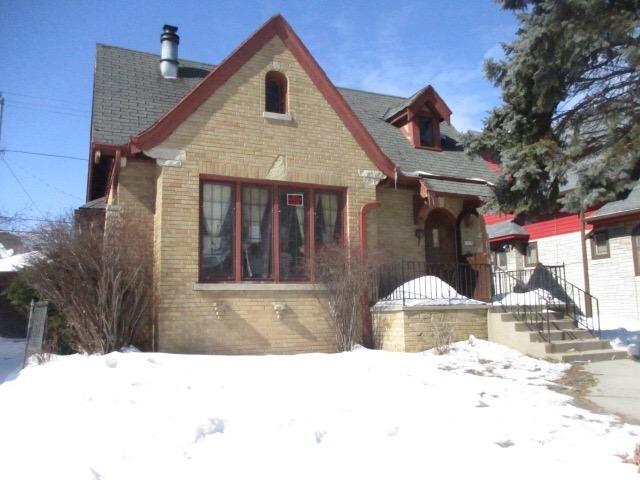 2845 57th St, Milwaukee, Wisconsin 53210, 4 Bedrooms Bedrooms, 7 Rooms Rooms,1 BathroomBathrooms,Single-Family,For Sale,57th St,1626641