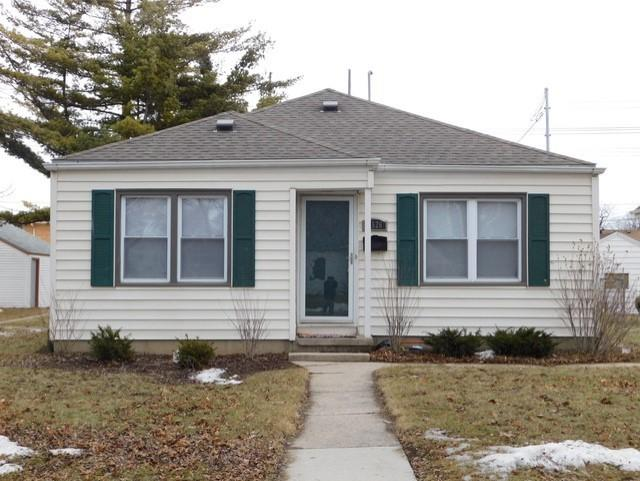 3526 77th, Milwaukee, Wisconsin 53222, 2 Bedrooms Bedrooms, 5 Rooms Rooms,1 BathroomBathrooms,Single-Family,For Sale,77th,1626637
