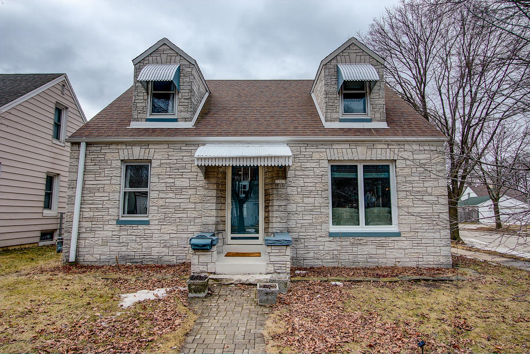3303 Adams Ave, Milwaukee, Wisconsin 53207, 2 Bedrooms Bedrooms, 6 Rooms Rooms,2 BathroomsBathrooms,Single-Family,For Sale,Adams Ave,1626723