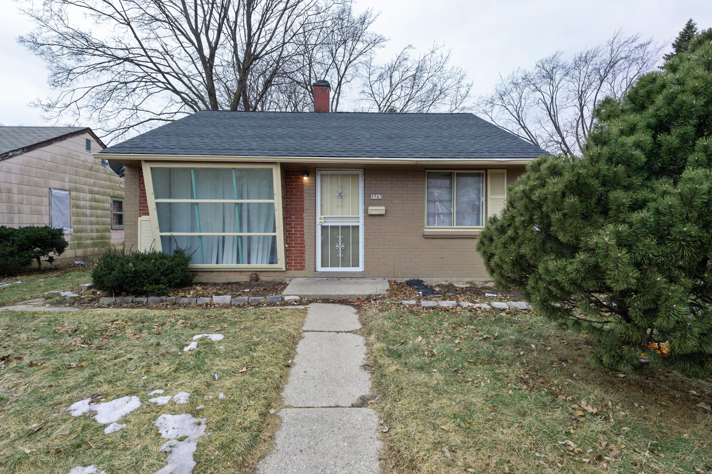 5763 Teutonia Ave, Milwaukee, Wisconsin 53209, 3 Bedrooms Bedrooms, ,1 BathroomBathrooms,Single-Family,For Sale,Teutonia Ave,1626686