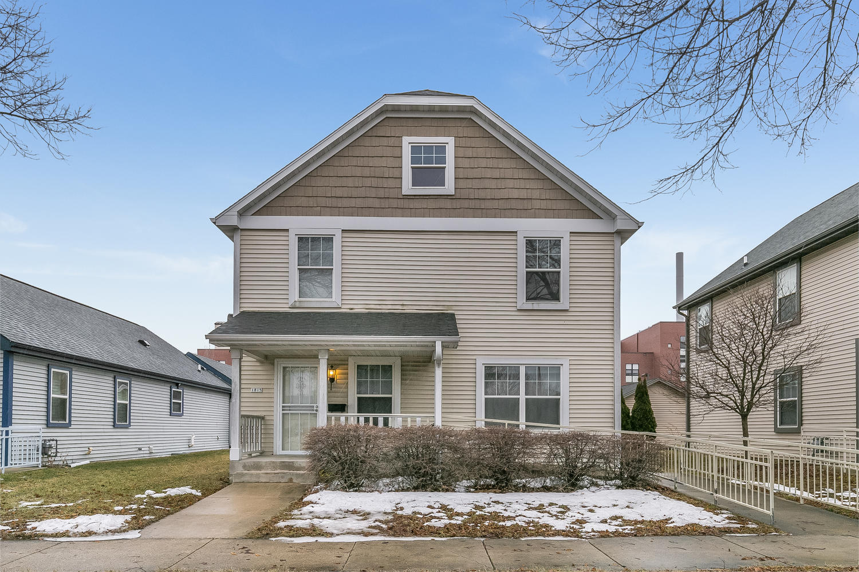 1815 Mckinley ave, Milwaukee, Wisconsin 53205, 3 Bedrooms Bedrooms, ,2 BathroomsBathrooms,Single-Family,For Sale,Mckinley ave,1626790