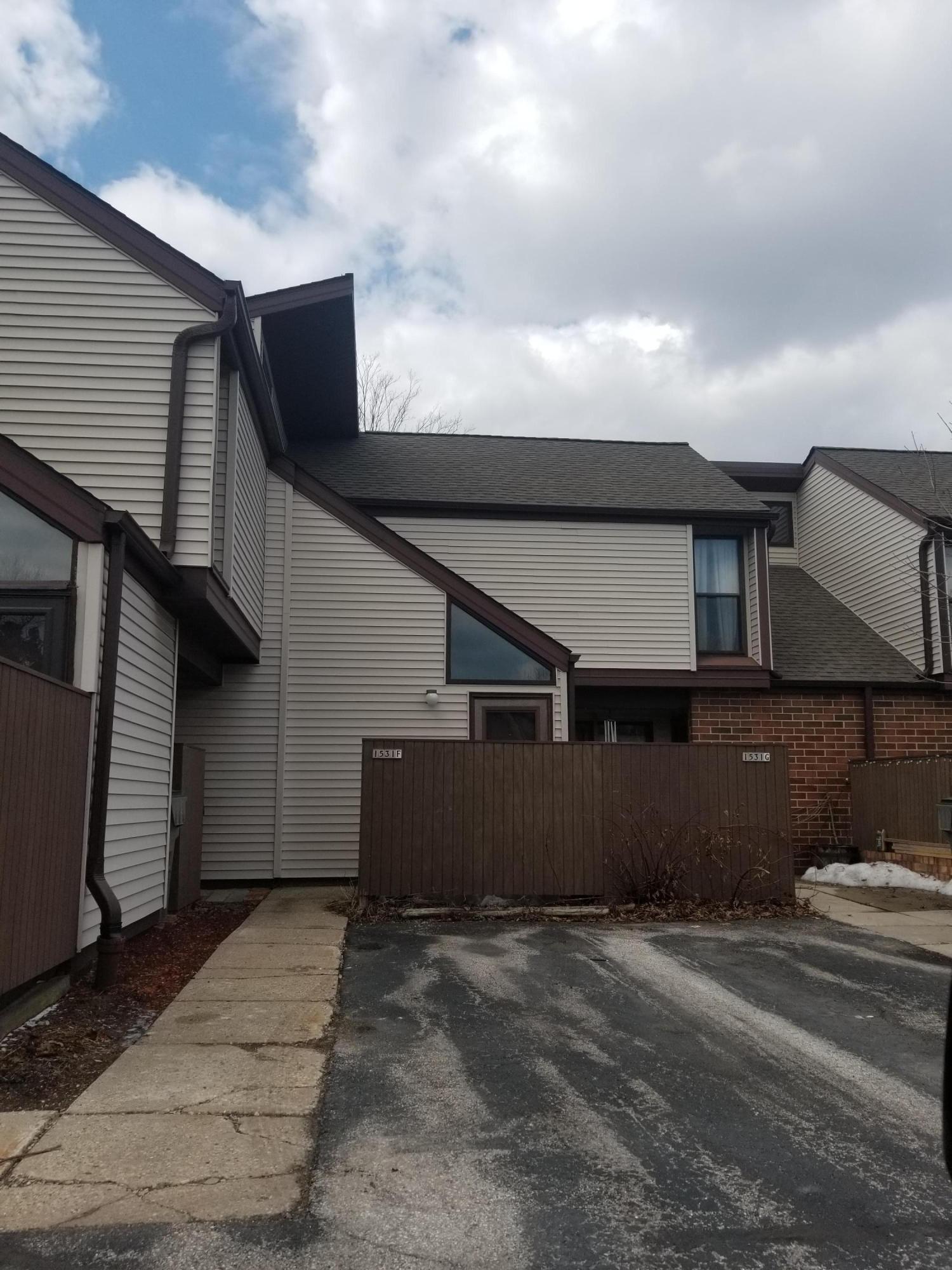 1531 Edgerton Ave, Milwaukee, Wisconsin 53221, 3 Bedrooms Bedrooms, ,1 BathroomBathrooms,Condominiums,For Sale,Edgerton Ave,1,1627062