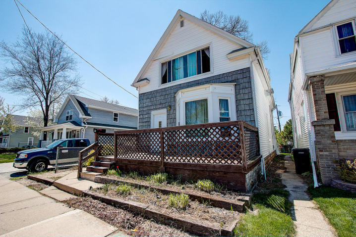 2418 Cleveland Pl, South Milwaukee, Wisconsin 53172, 2 Bedrooms Bedrooms, 4 Rooms Rooms,1 BathroomBathrooms,Two-Family,For Sale,Cleveland Pl,1,1627285
