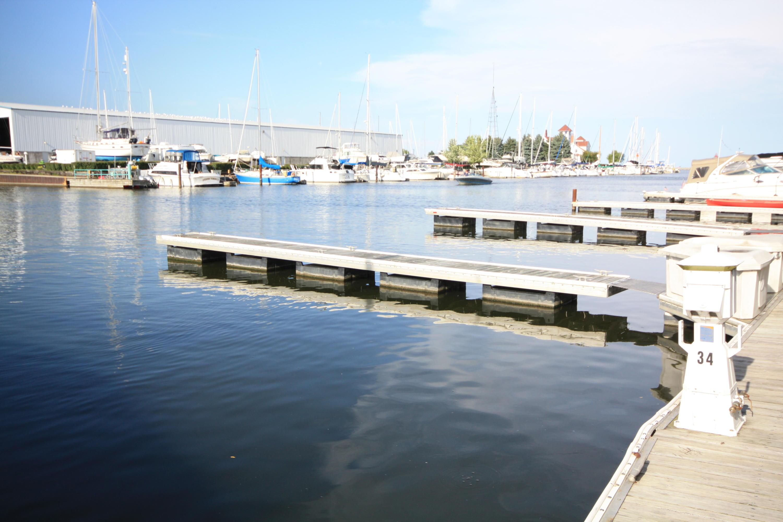 35 Gaslight Pointe Marina