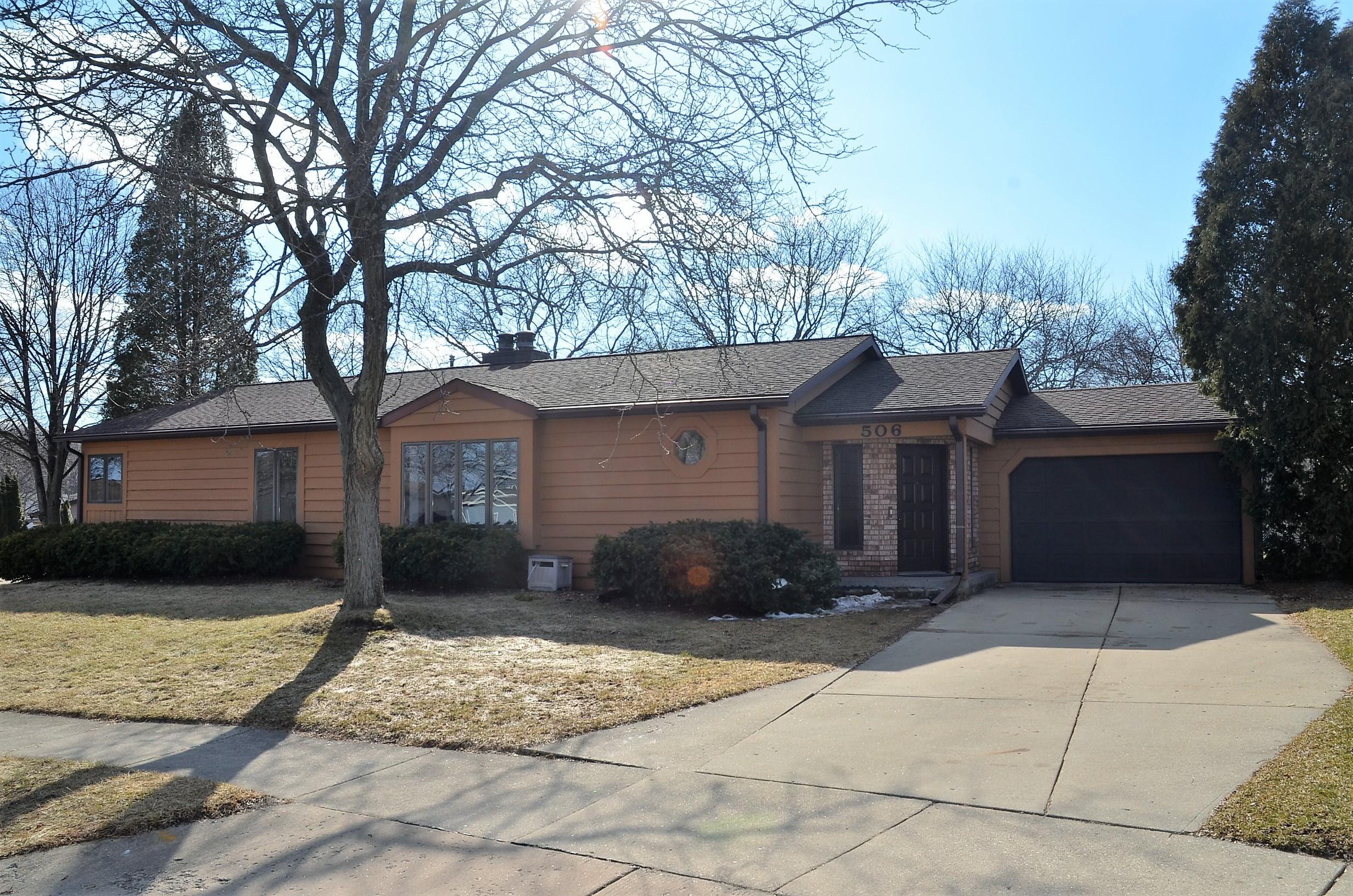 506 Mabel Ct, Waukesha, Wisconsin 53188, 3 Bedrooms Bedrooms, 9 Rooms Rooms,2 BathroomsBathrooms,Single-Family,For Sale,Mabel Ct,1627564