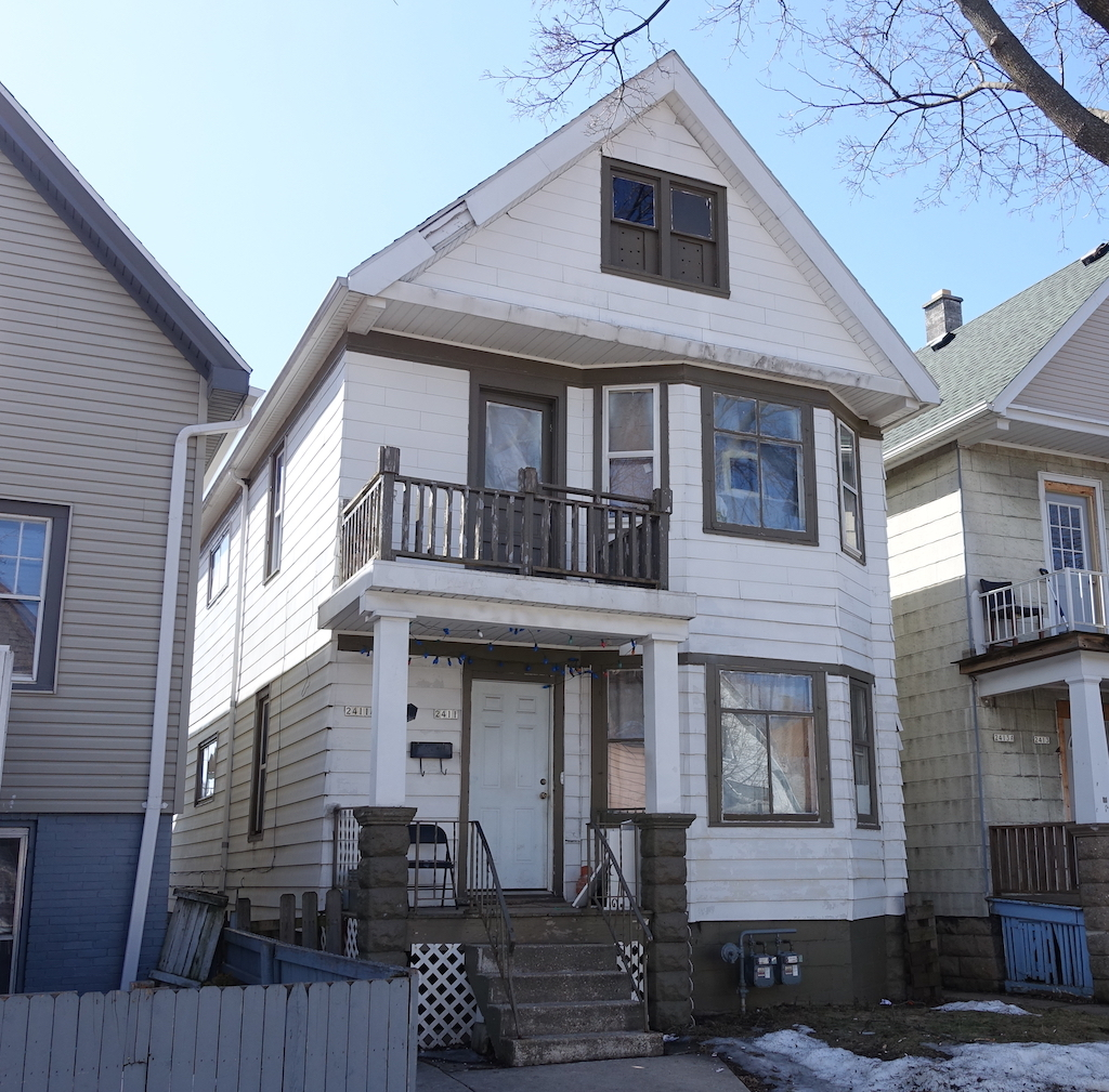 2411 Maple St, Milwaukee, Wisconsin 53204, 2 Bedrooms Bedrooms, 4 Rooms Rooms,1 BathroomBathrooms,Two-Family,For Sale,Maple St,1,1627664