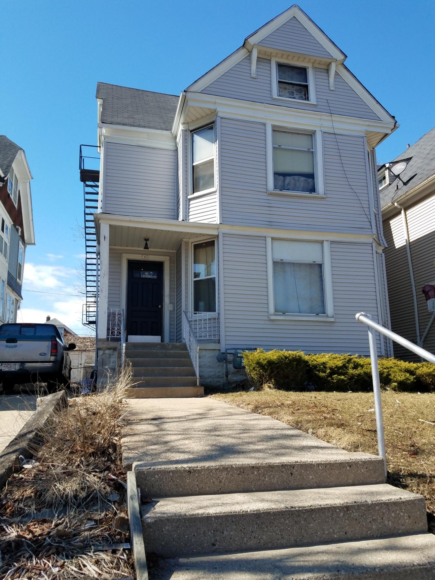 745 25th St, Milwaukee, Wisconsin 53233, ,Multi-Family Investment,For Sale,25th St,1627727