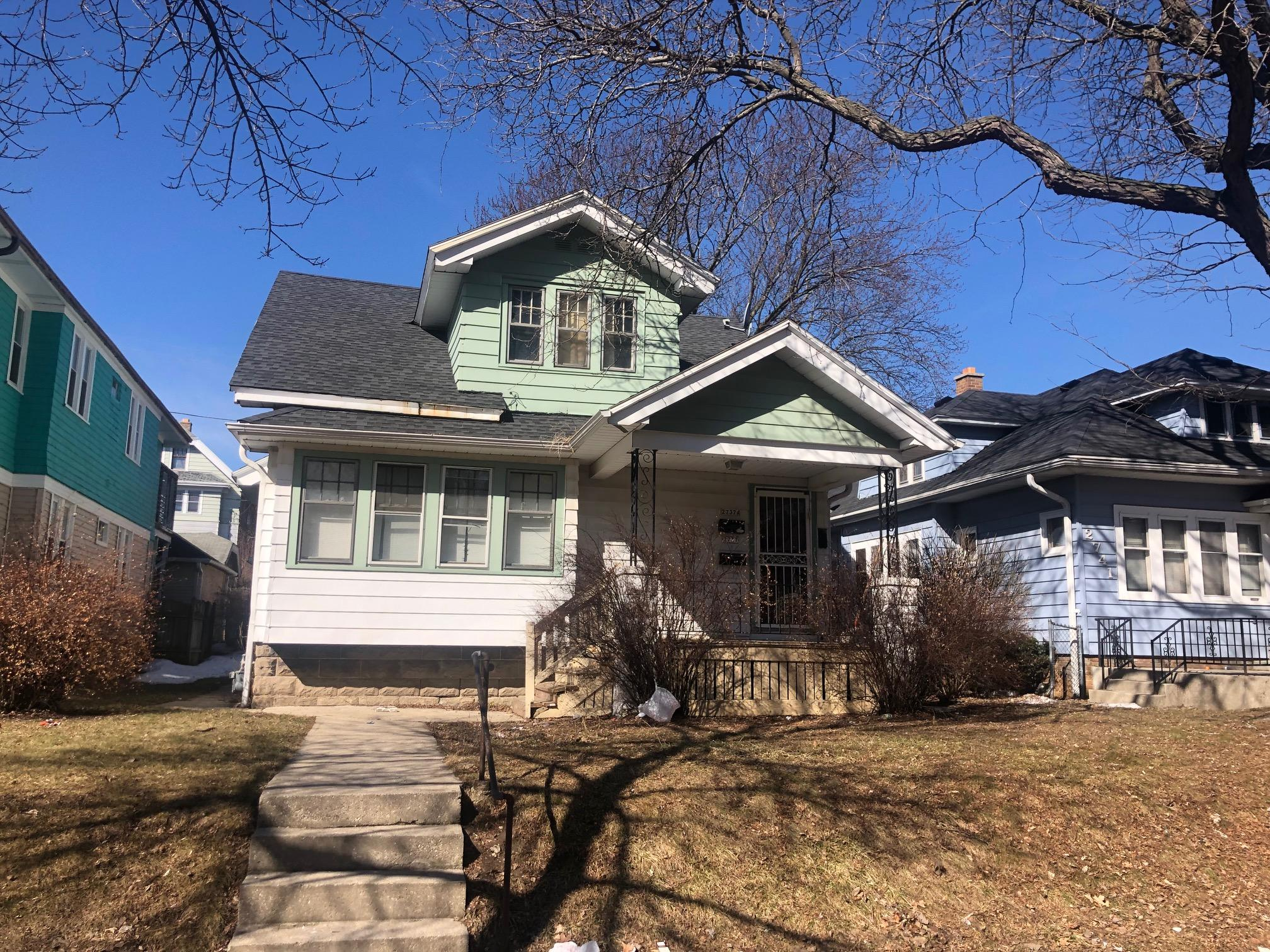2737-2737A 53rd St, Milwaukee, Wisconsin 53210, 2 Bedrooms Bedrooms, 5 Rooms Rooms,1 BathroomBathrooms,Two-Family,For Sale,53rd St,1,1628442