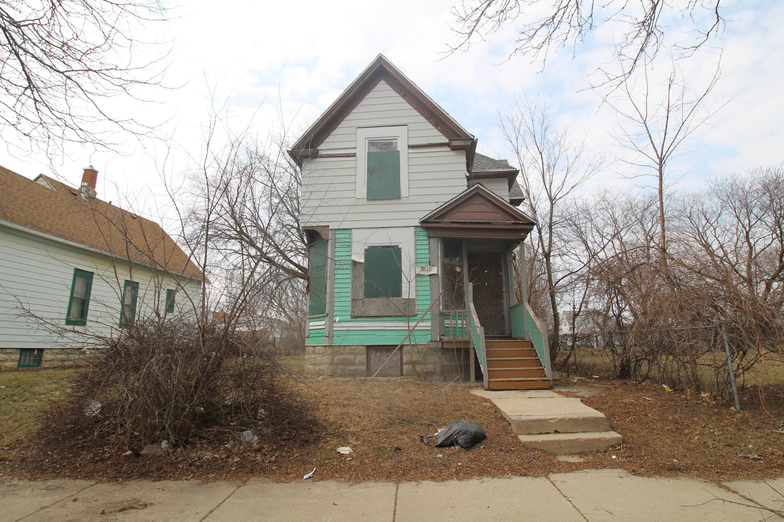 2839 6th St, Milwaukee, Wisconsin 53212, 3 Bedrooms Bedrooms, 6 Rooms Rooms,1 BathroomBathrooms,Single-Family,For Sale,6th St,1628336
