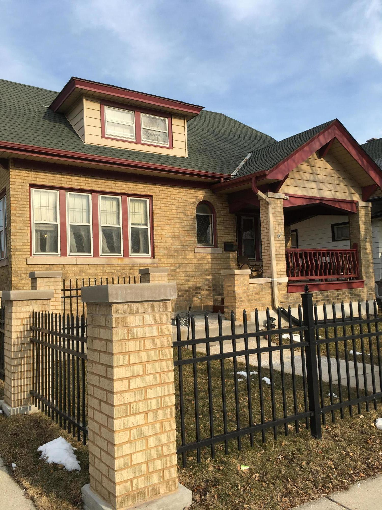 1702 Layton Blvd, Milwaukee, Wisconsin 53215, 5 Bedrooms Bedrooms, 9 Rooms Rooms,3 BathroomsBathrooms,Single-Family,For Sale,Layton Blvd,1628510
