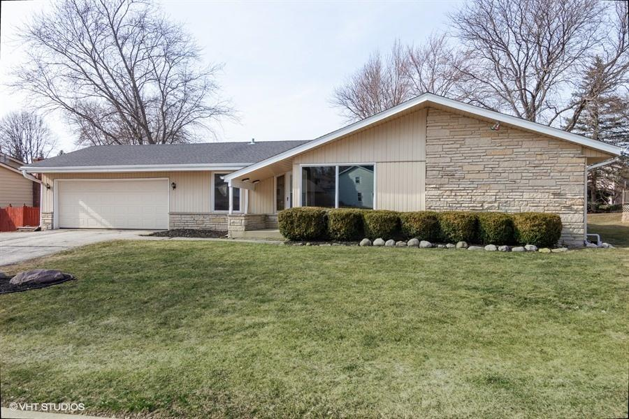 2344 Ramshead Ct, Waukesha, Wisconsin 53188, 3 Bedrooms Bedrooms, 7 Rooms Rooms,1 BathroomBathrooms,Single-Family,For Sale,Ramshead Ct,1629117