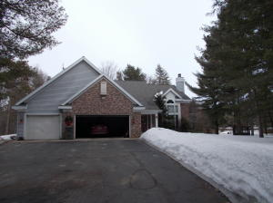 W1468 Autumn Wood Ln, Marinette, WI 54143
