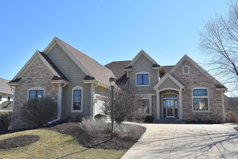 1835 Stonebridge Rd, Waukesha, Wisconsin 53188, 5 Bedrooms Bedrooms, 13 Rooms Rooms,3 BathroomsBathrooms,Single-Family,For Sale,Stonebridge Rd,1629727