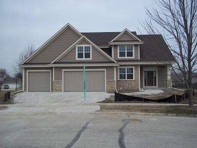 4728 Chris Ct, Caledonia, Wisconsin 53402, 4 Bedrooms Bedrooms, 8 Rooms Rooms,2 BathroomsBathrooms,Single-Family,For Sale,Chris Ct,1614848