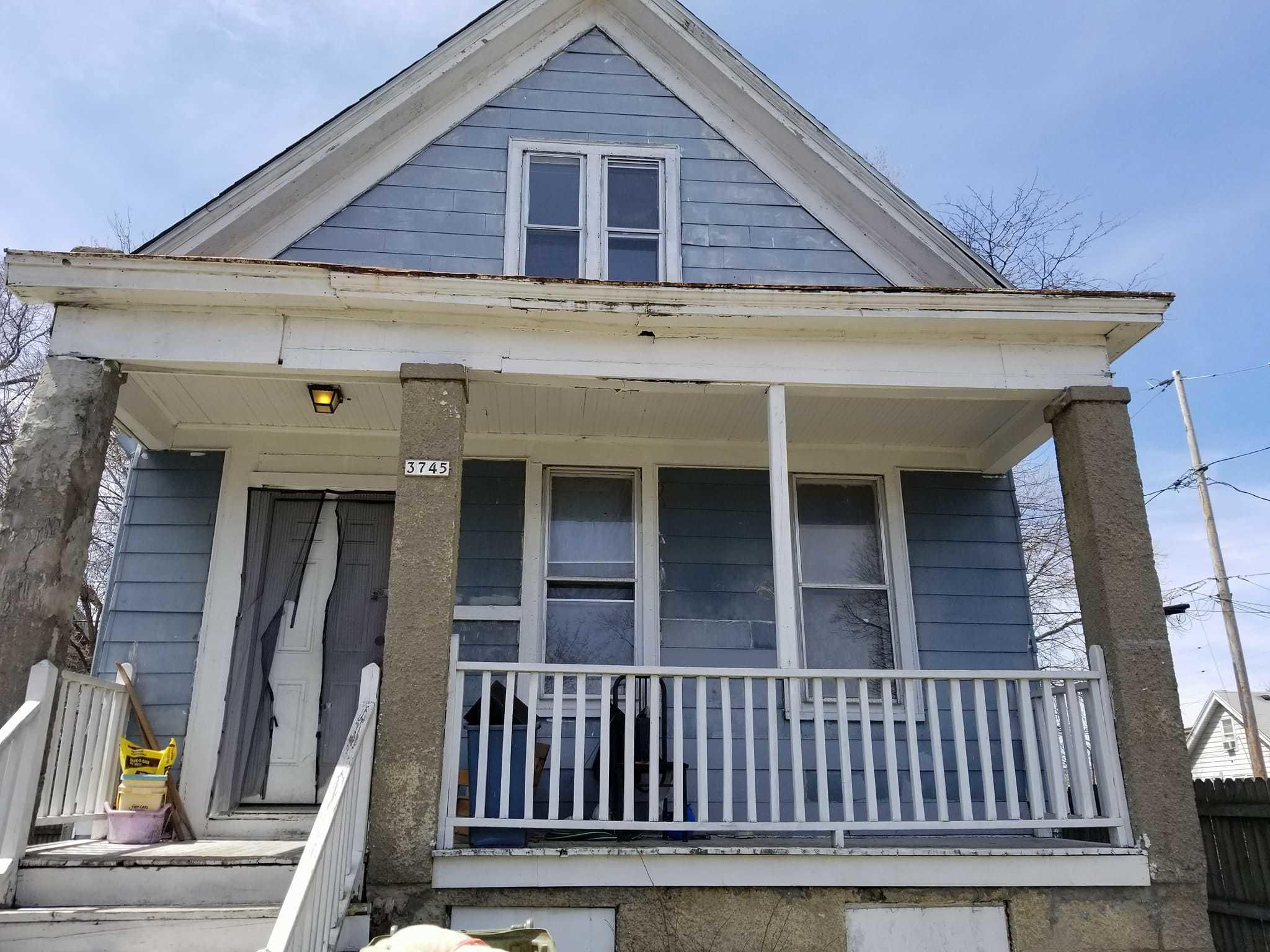 3745 6th St, Milwaukee, Wisconsin 53212, 5 Bedrooms Bedrooms, ,2 BathroomsBathrooms,Single-Family,For Sale,6th St,1630307
