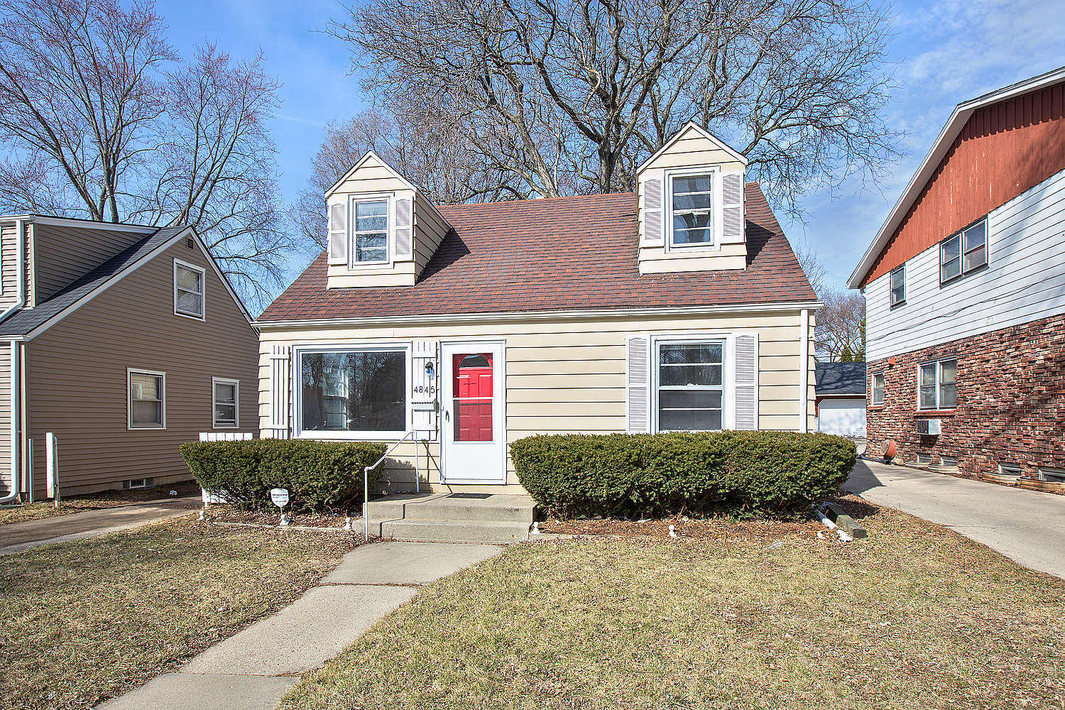 4845 54th St, Milwaukee, Wisconsin 53218, 4 Bedrooms Bedrooms, 6 Rooms Rooms,1 BathroomBathrooms,Single-Family,For Sale,54th St,1631968