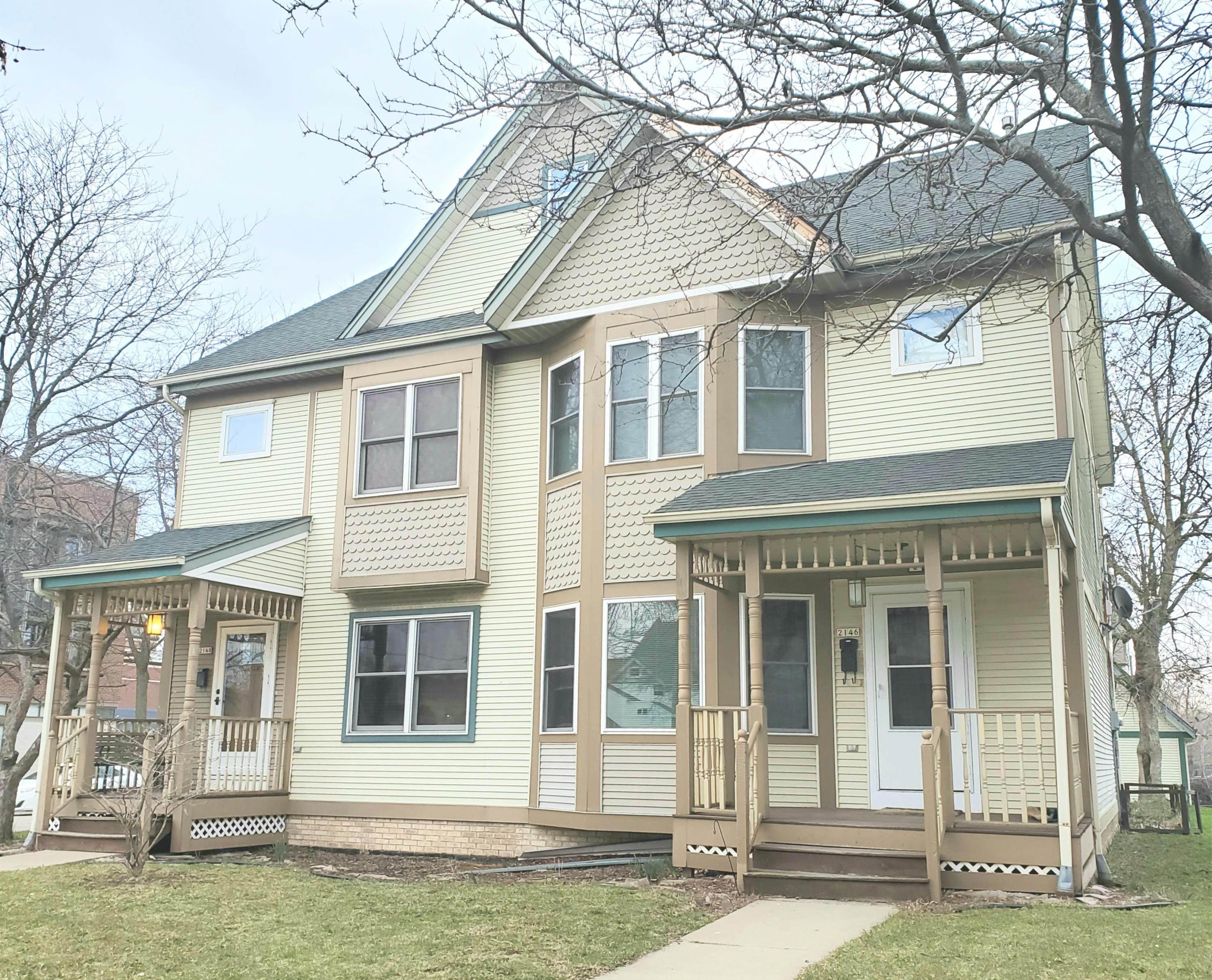 2146 1st St, Milwaukee, Wisconsin 53212, 3 Bedrooms Bedrooms, 5 Rooms Rooms,1 BathroomBathrooms,Condominiums,For Sale,1st St,1,1632417