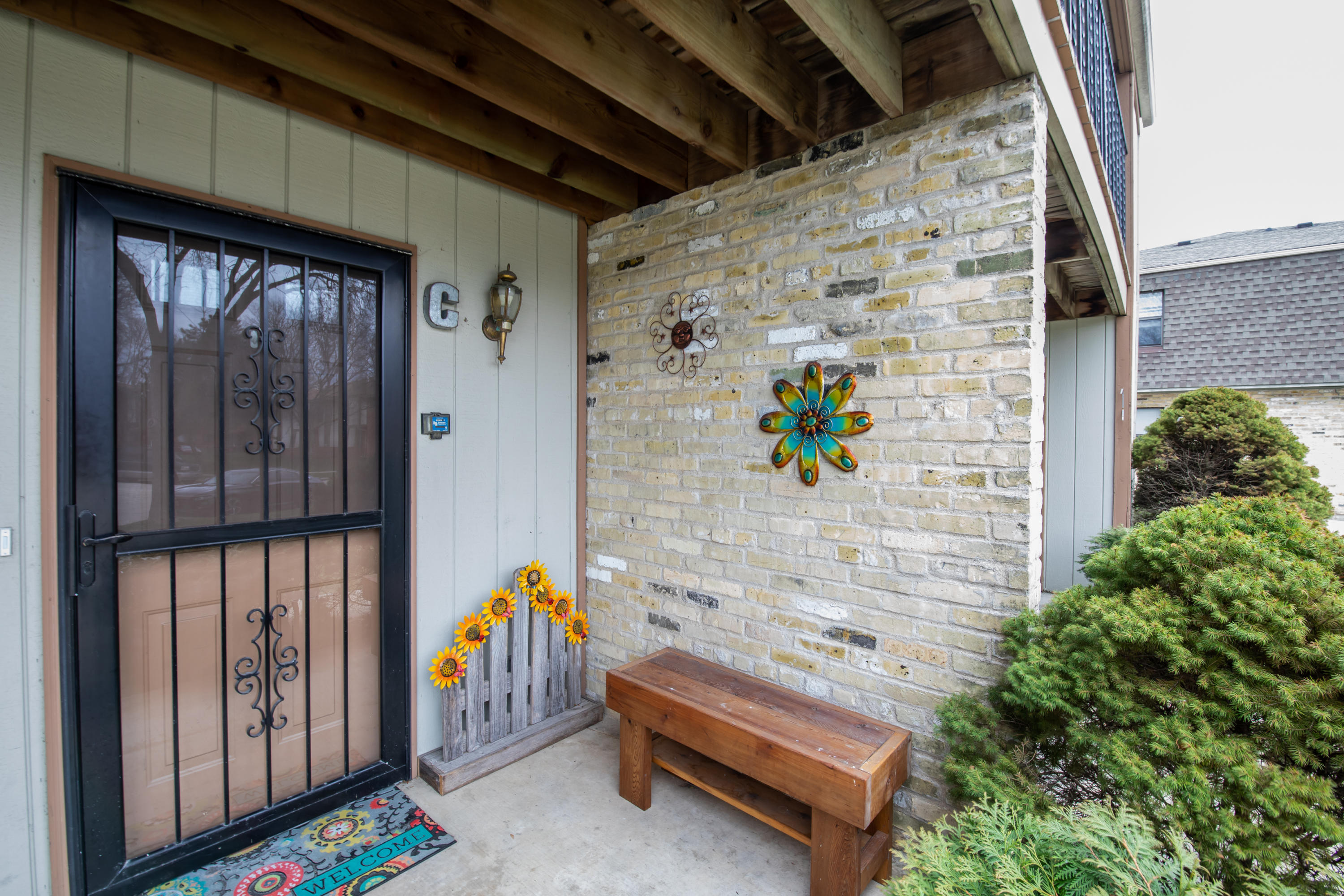 11515 Orchard Court, West Allis, Wisconsin 53214, 2 Bedrooms Bedrooms, 5 Rooms Rooms,1 BathroomBathrooms,Condominiums,For Sale,Orchard Court,2,1632452