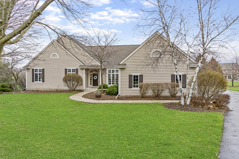 W299N1866 Windridge Ct, Delafield, Wisconsin 53072, 3 Bedrooms Bedrooms, 11 Rooms Rooms,3 BathroomsBathrooms,Single-Family,For Sale,Windridge Ct,1632910