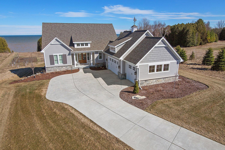 Lakeshore Realtors - Manitowoc Real Estate - Homes for Sale