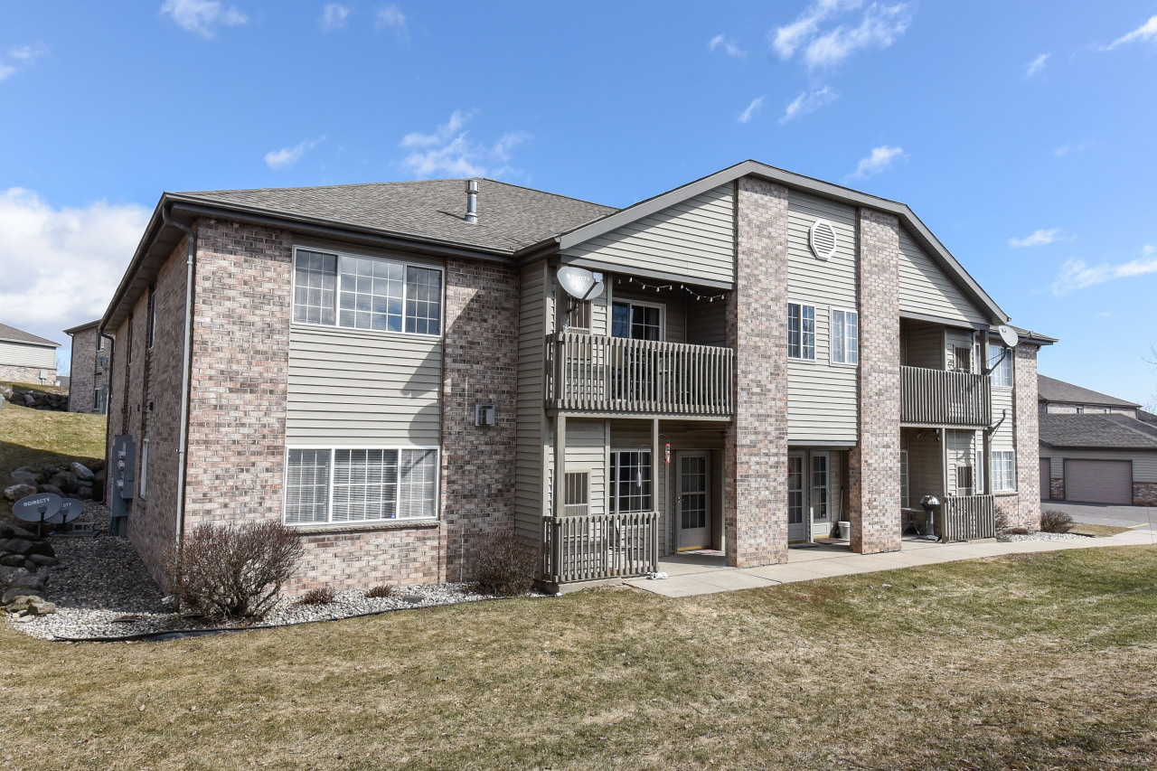 W169S7647 Gregory Dr #H