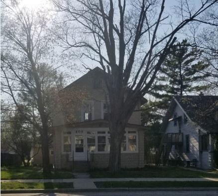 408 Grand Ave, Waukesha, Wisconsin 53186, 3 Bedrooms Bedrooms, ,2 BathroomsBathrooms,Single-Family,For Sale,Grand Ave,1633427