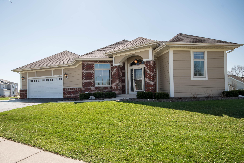 857 Timber Ridge Dr, Waukesha, Wisconsin 53189, 3 Bedrooms Bedrooms, 8 Rooms Rooms,3 BathroomsBathrooms,Condominiums,For Sale,Timber Ridge Dr,1,1633531