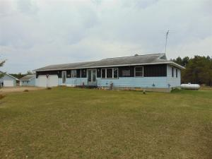 Property for sale at W8821 Townline Rd, Crivitz,  WI 54114