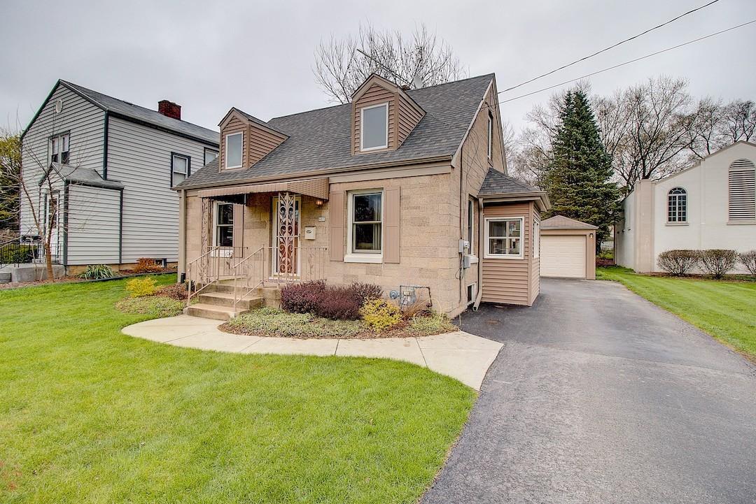 405 Moreland Blvd, Waukesha, Wisconsin 53188, 3 Bedrooms Bedrooms, 6 Rooms Rooms,1 BathroomBathrooms,Single-Family,For Sale,Moreland Blvd,1634701