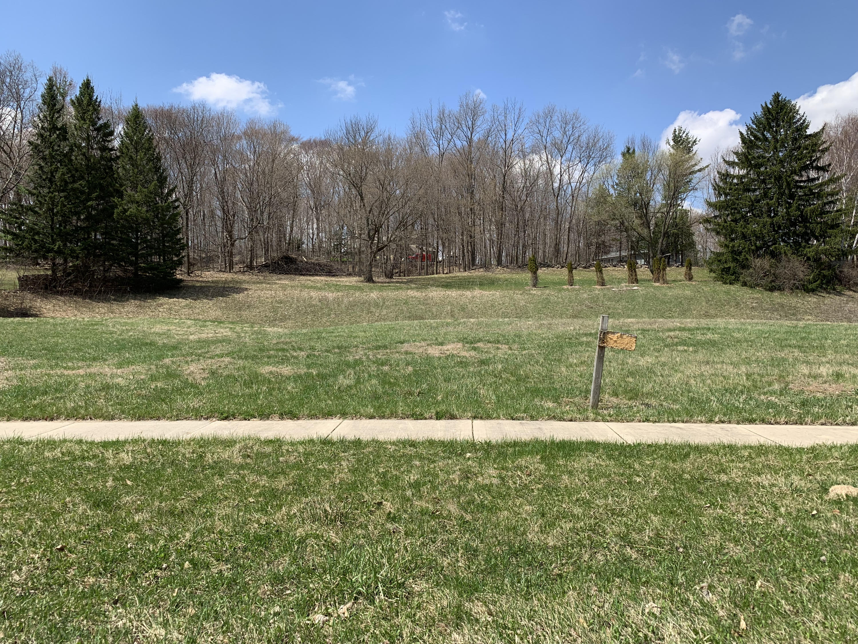 Lot 4 Wolf Dr, West Bend, Wisconsin 53090, ,Vacant Land,For Sale,Wolf Dr,1619527