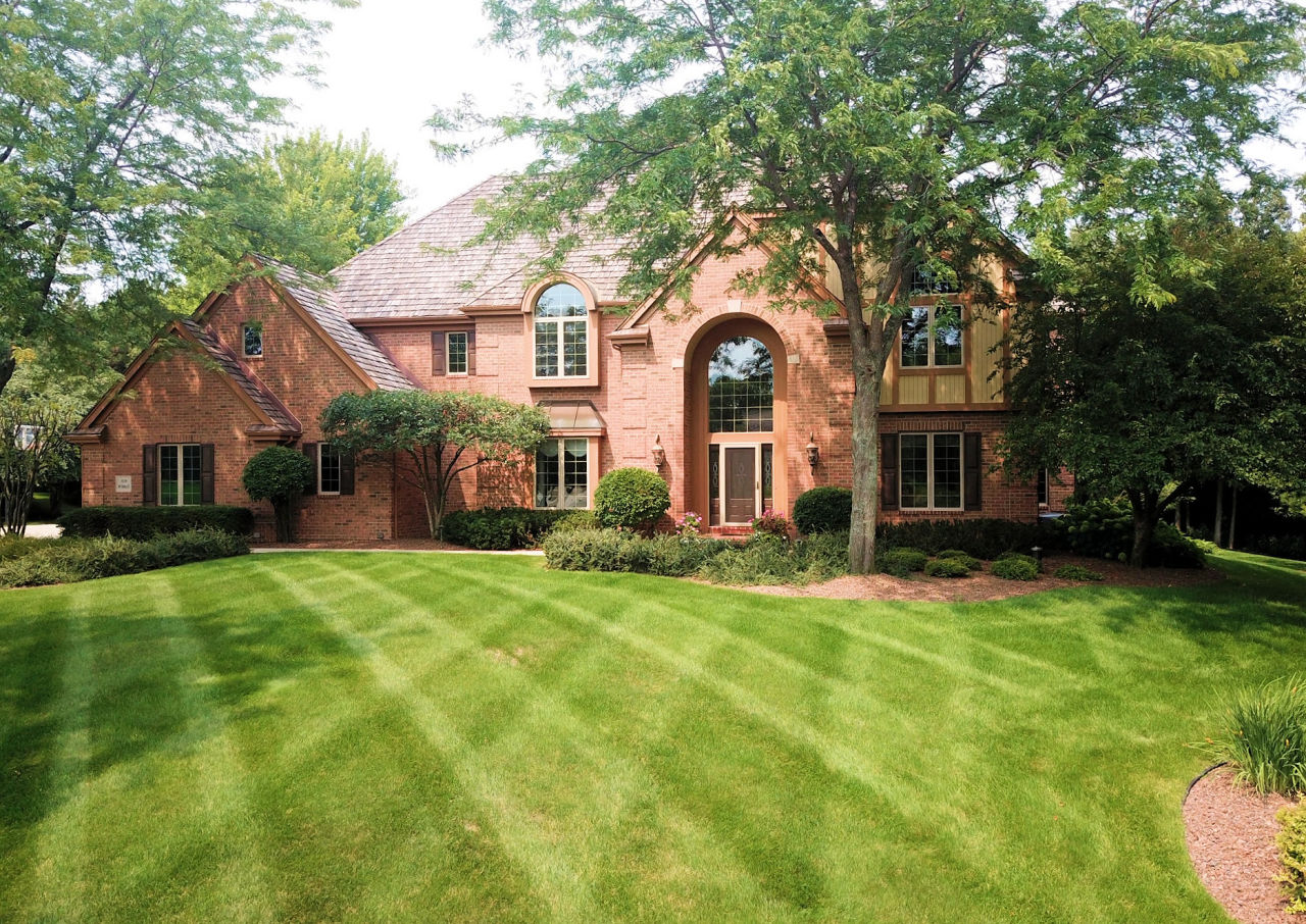 N29W30632 Foxwood Dr, Delafield, Wisconsin 53072, 5 Bedrooms Bedrooms, 19 Rooms Rooms,5 BathroomsBathrooms,Single-Family,For Sale,Foxwood Dr,1628423