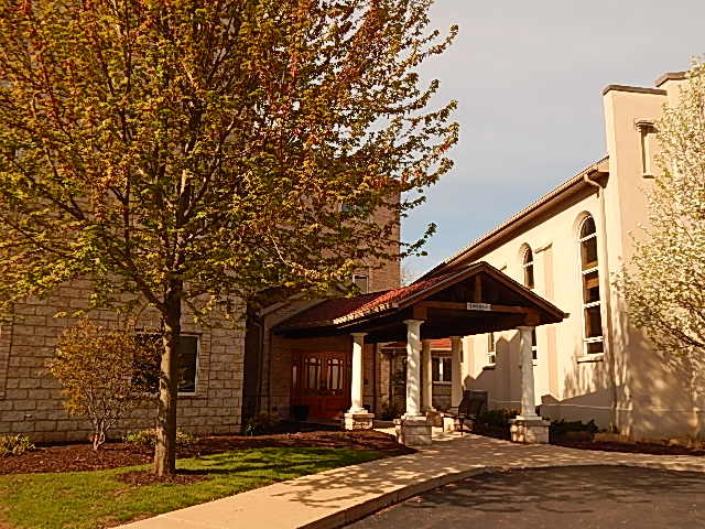 N51W34835 Wisconsin Ave, Oconomowoc, Wisconsin 53069, 2 Bedrooms Bedrooms, 5 Rooms Rooms,2 BathroomsBathrooms,Condominiums,For Sale,Wisconsin Ave,3,1624808