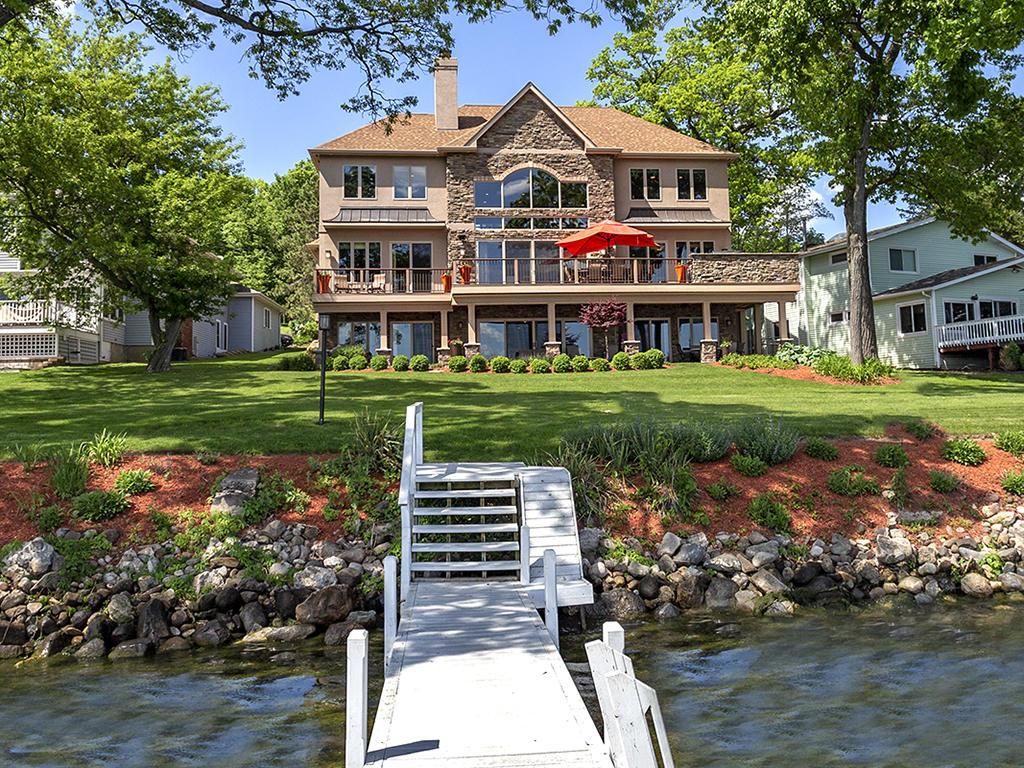 Groovy Delavan Lake Real Estate Homes For Sale On Lake Delavan In Home Remodeling Inspirations Gresiscottssportslandcom