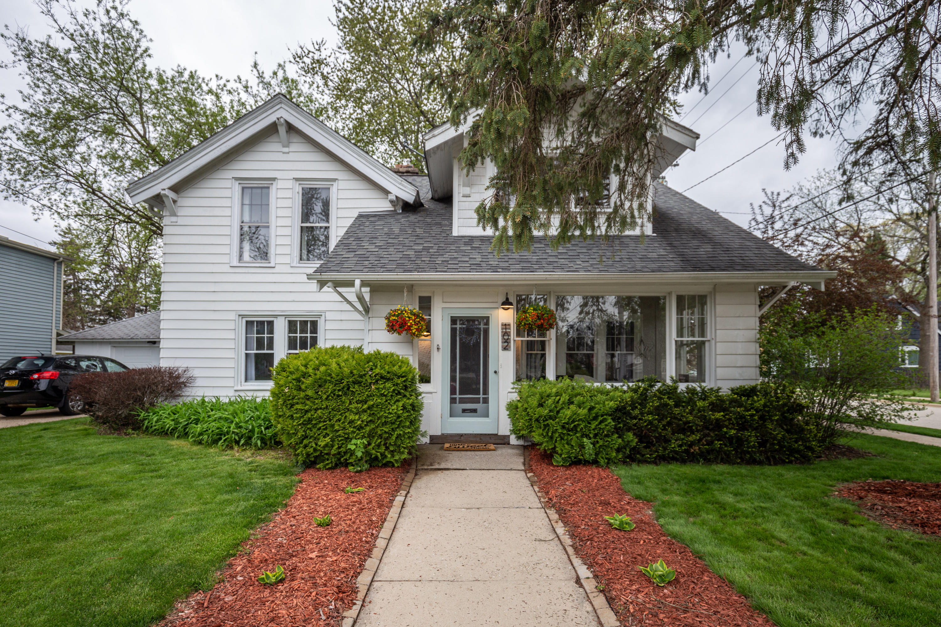 102 Maple St, Oconomowoc, Wisconsin 53066, 3 Bedrooms Bedrooms, 8 Rooms Rooms,1 BathroomBathrooms,Single-Family,For Sale,Maple St,1637668