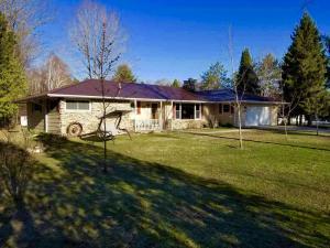 N6219 State Highway 180, Marinette, WI 54143