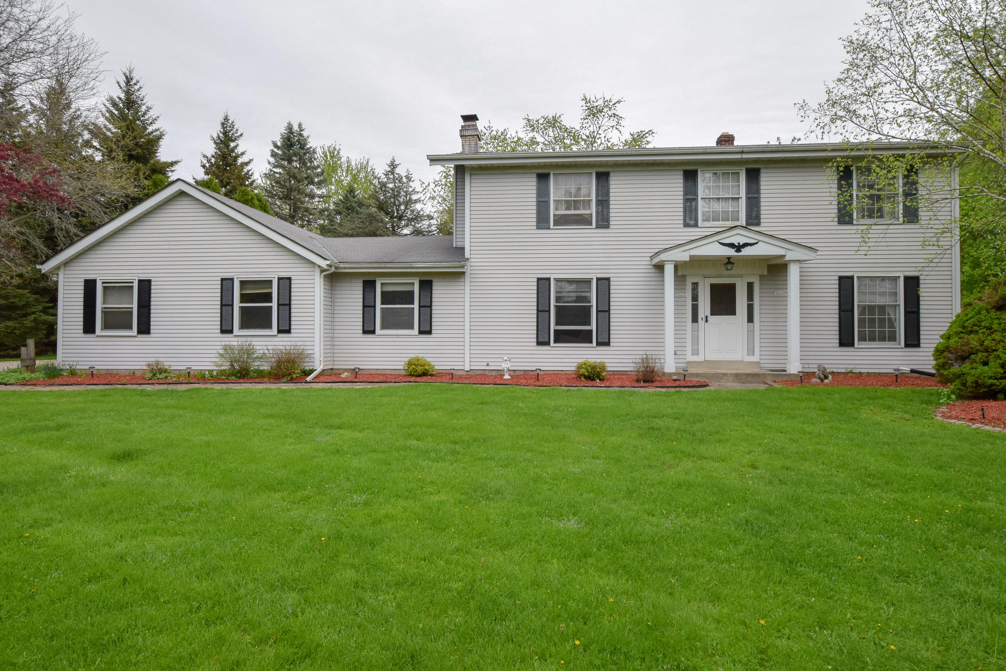 W271N1944 Fieldhack Dr, Pewaukee, Wisconsin 53072, 3 Bedrooms Bedrooms, 8 Rooms Rooms,1 BathroomBathrooms,Single-Family,For Sale,Fieldhack Dr,1637703