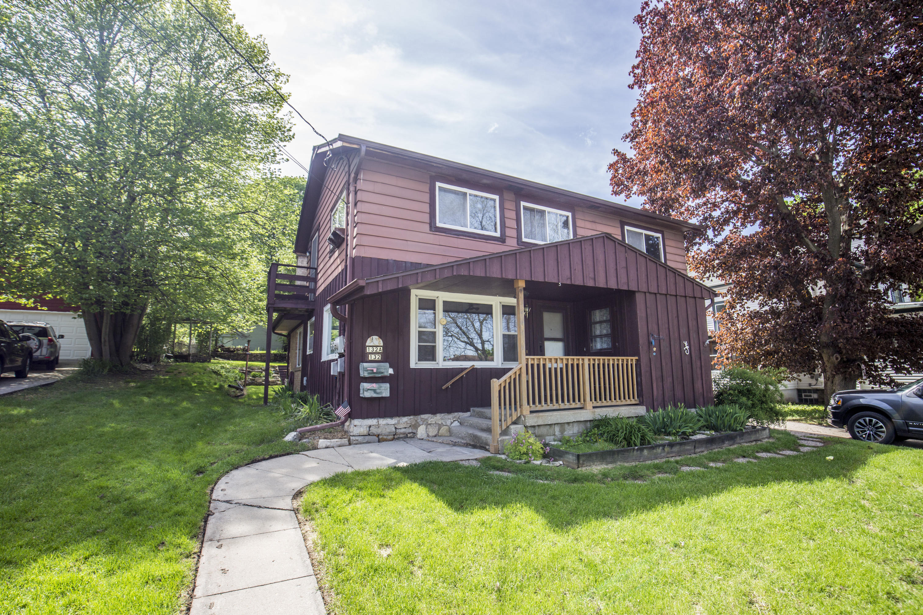 132 Spring St, Waukesha, Wisconsin 53188, 2 Bedrooms Bedrooms, 4 Rooms Rooms,1 BathroomBathrooms,Two-Family,For Sale,Spring St,1,1638632