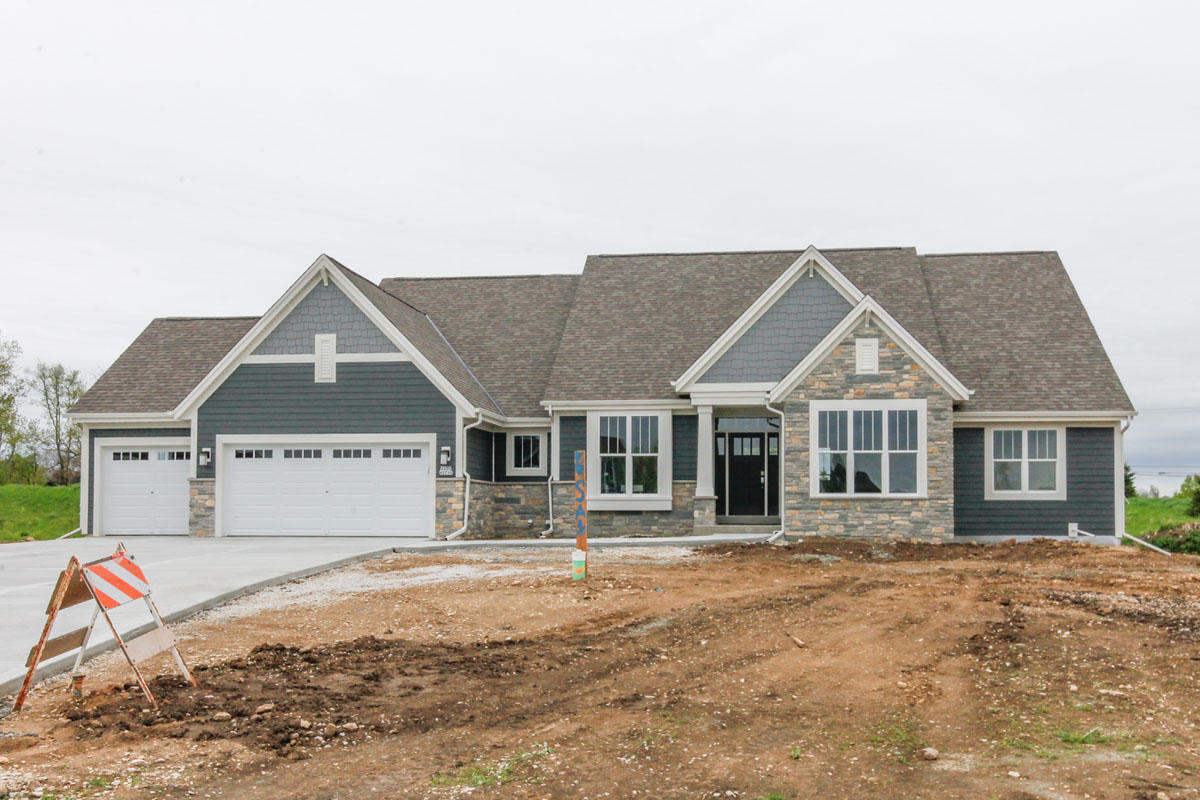 W239N3715 River Birch Ct, Pewaukee, Wisconsin 53072, 3 Bedrooms Bedrooms, 7 Rooms Rooms,2 BathroomsBathrooms,Single-Family,For Sale,River Birch Ct,1638773