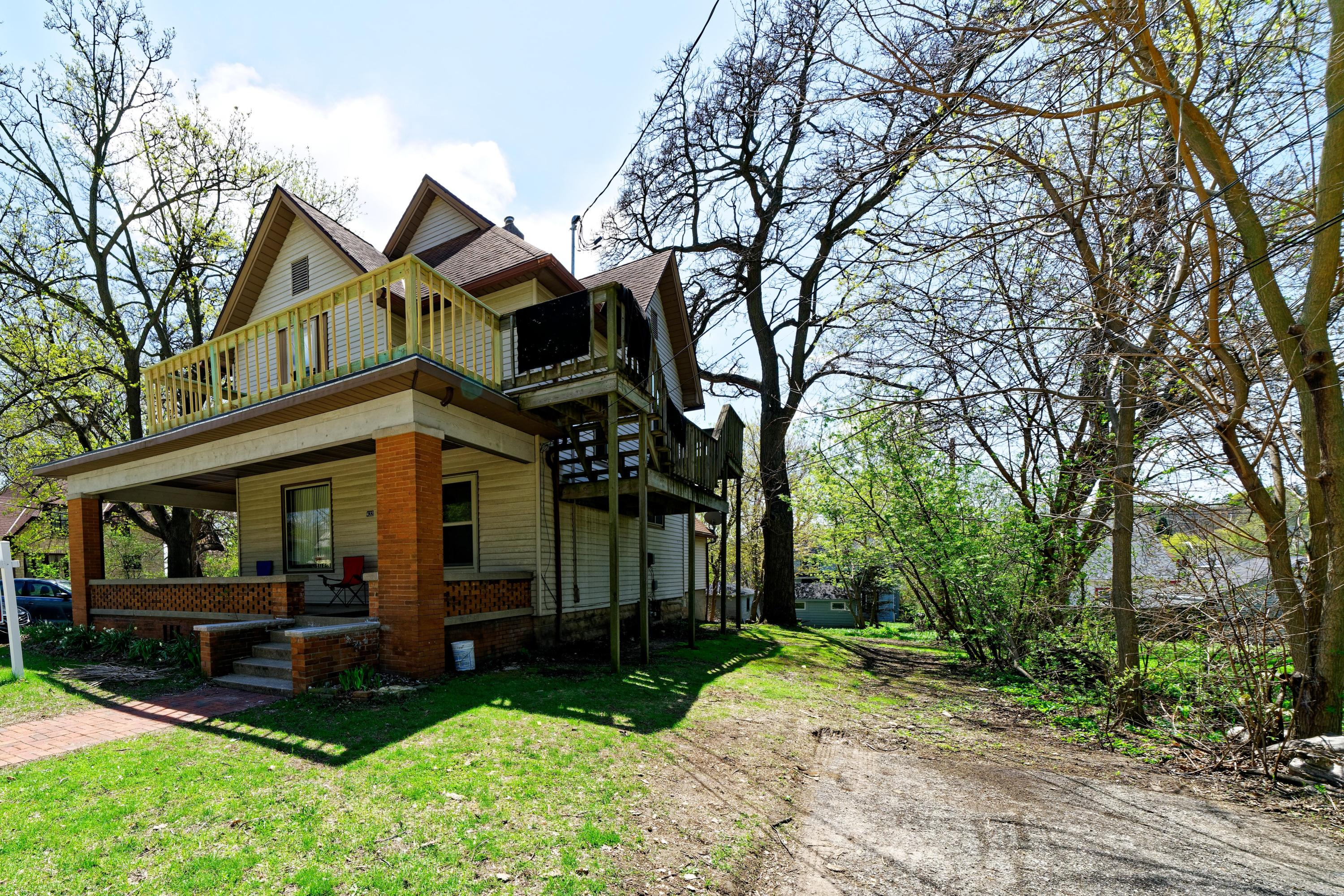 432 Barstow St NW, Waukesha, Wisconsin 53188, ,Multi-Family Investment,For Sale,Barstow St NW,1638827