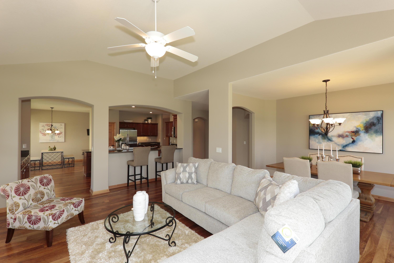 1782 Regal Ct, Oconomowoc, Wisconsin 53066, 2 Bedrooms Bedrooms, ,2 BathroomsBathrooms,Condominiums,For Sale,Regal Ct,1,1625114