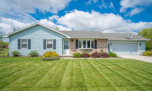 Property for sale at 65 S 11Th St, Hilbert,  WI 54129
