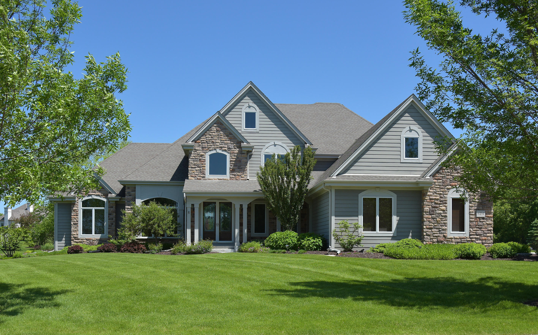 624 Southern Oak Dr, Hartland, Wisconsin 53029, 5 Bedrooms Bedrooms, 18 Rooms Rooms,4 BathroomsBathrooms,Single-Family,For Sale,Southern Oak Dr,1641933