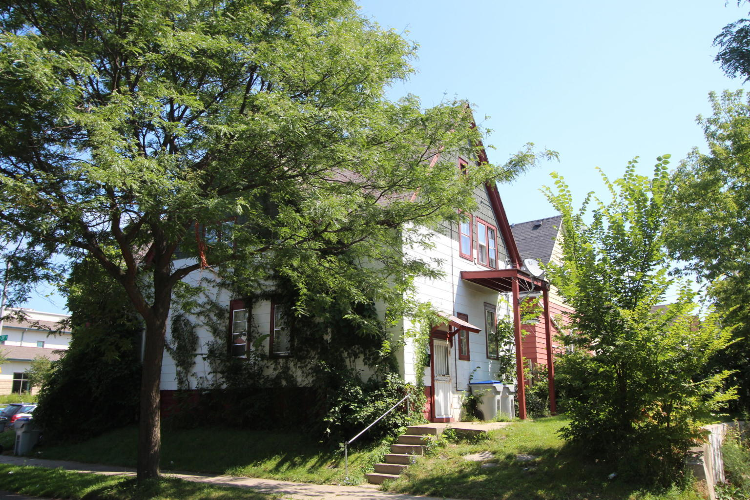 2335 Burleigh St, Milwaukee, Wisconsin 53206, 2 Bedrooms Bedrooms, 5 Rooms Rooms,1 BathroomBathrooms,Two-Family,For Sale,Burleigh St,1,1643409