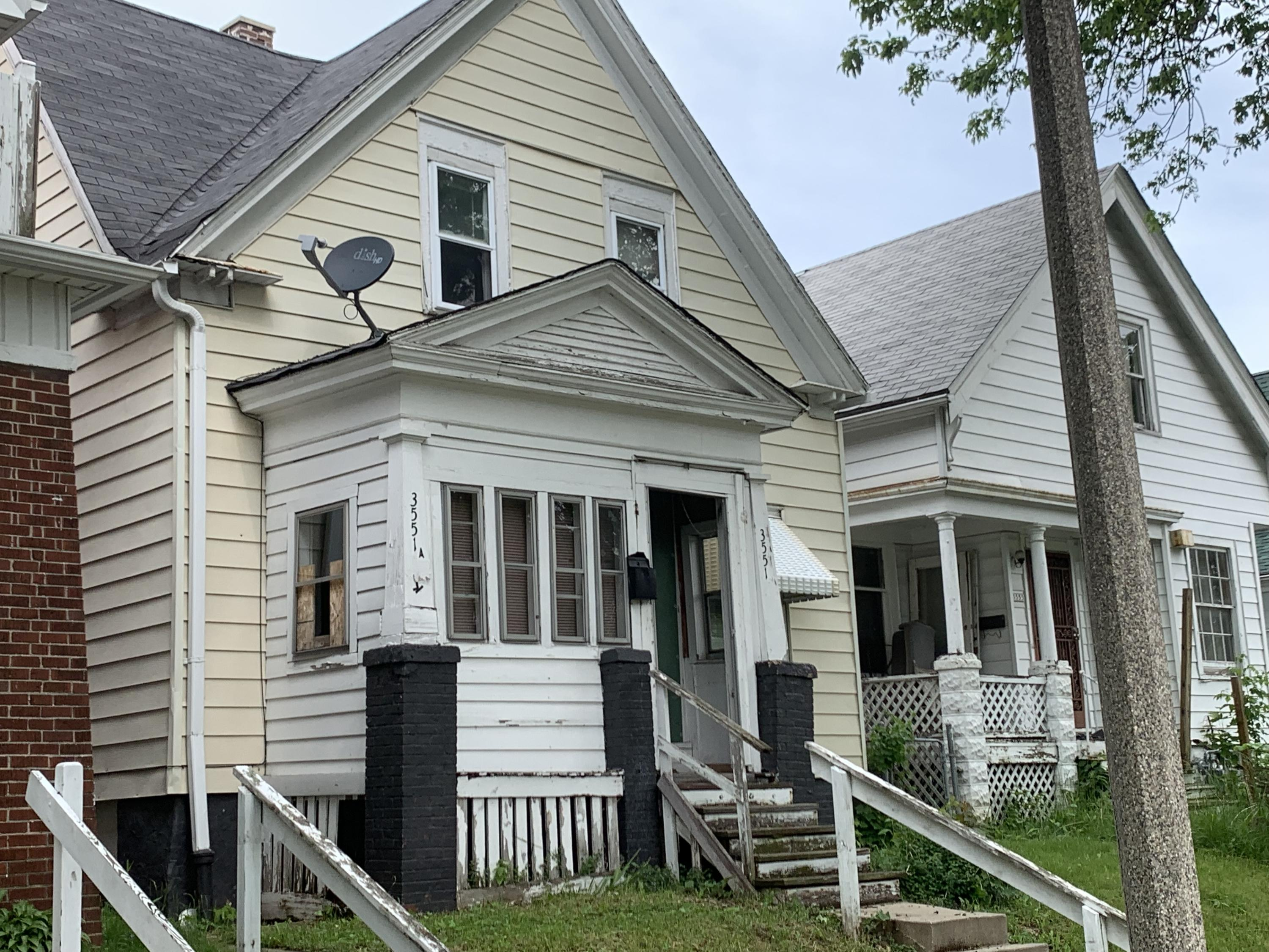 3551 12th St, Milwaukee, Wisconsin 53206, 5 Bedrooms Bedrooms, ,1 BathroomBathrooms,Single-Family,For Sale,12th St,1643419