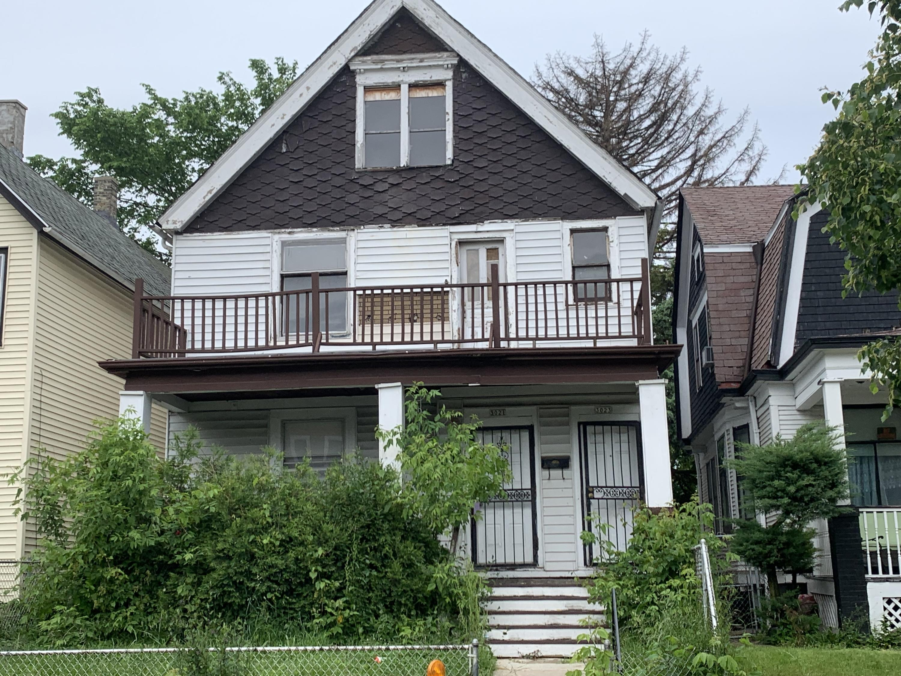 3021 21st St, Milwaukee, Wisconsin 53206, 2 Bedrooms Bedrooms, 6 Rooms Rooms,1 BathroomBathrooms,Two-Family,For Sale,21st St,1,1643411